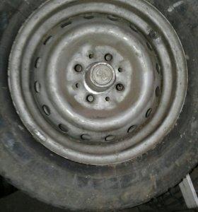 R-13 .3-ри колеса