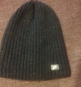Зимняя,новая шапка