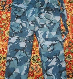 Зимние утеплённые камуфлированные брюки