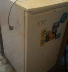 Холодильники б/у потёк фреон
