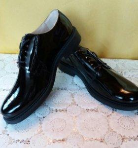 Лакированная ботинки (новые)