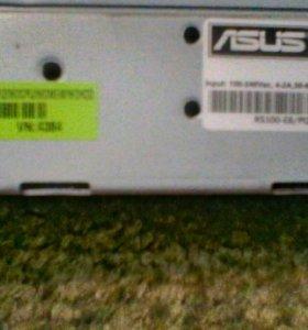 Сервер Asus RS100 Aquarius S42 на базе Core 2 Duo