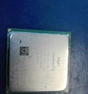 Процессор INTEL Pentium 4, частота 1,7GHZ