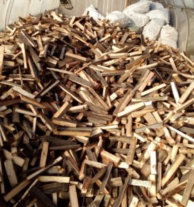 дрова колотые кубами и мешками