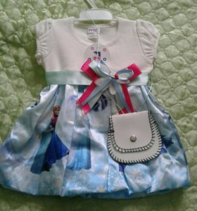 Платье на 1 год новая