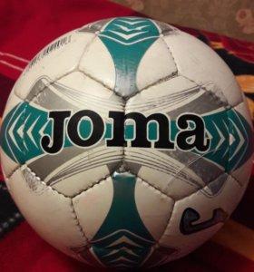 Футбольный мячь