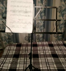 Пюпитр- подставка для нот в чехле новая
