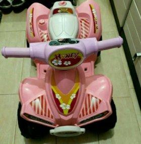 Детская машина ( квадроцикл)