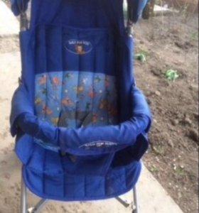 Продаётся летняя коляска трость