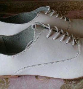 Обувь, размер 37-38, новые.