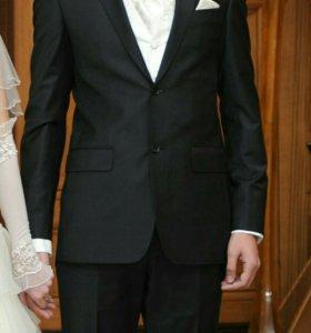 Мужской свадебный костюм Renzo Rinaldi