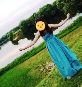 Платье на девушку 42 р-ра