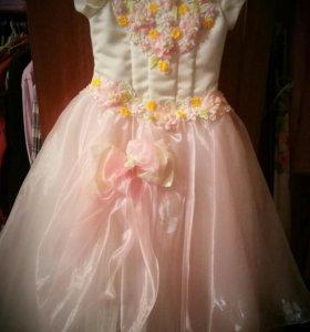 Платье празднечное для девочки
