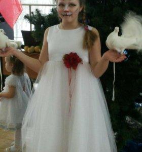 Нарядное платье на рост 147