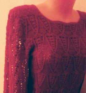 Ажурный свитер вязаный крючком