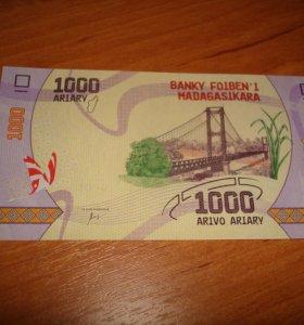 Мадагаскар 1 000 ариари 2017г.