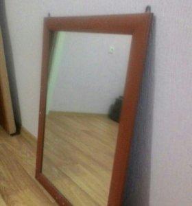 Прикроватная тумба и зеркало