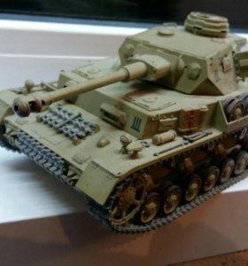 Модель немецкого среднего танка Pz4G