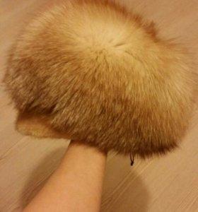 Женская шапка из меха лисы