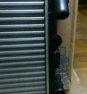 Радиатор Рено Логан 1.6