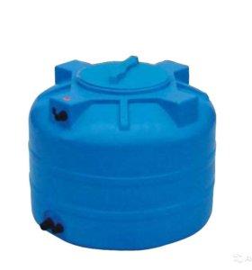 Пластиковый бак для воды