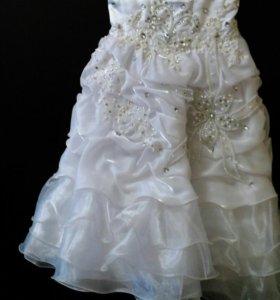 Праздничное платье д/д 6-8 лет