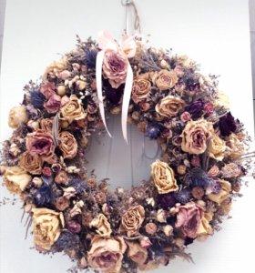Венок из цветов /экибана /композиции