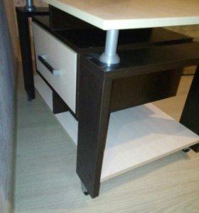 Журнальный стол,тумба под телевизор