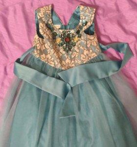 Красивое платье Moonsoon