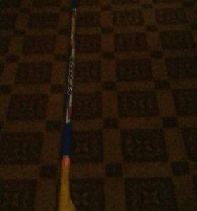 Клюшка хокейная