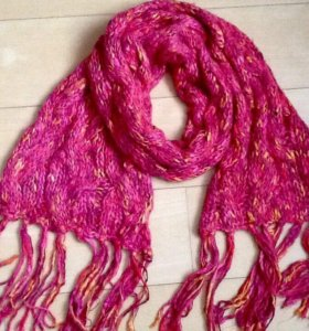 Новый объемный шарф MANGO