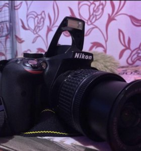 Фотоаппарат Nikon D3300 на гарантии.