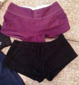 Женские шорты и топик