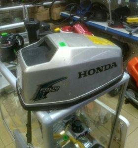 Колпак на мотор Хонда 5 л/с, б/у