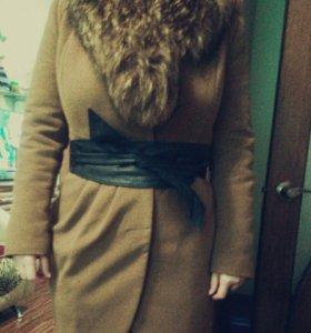 Пальто с зимне-осеннее с подстёжкой