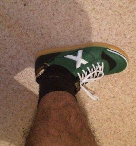 мини-футбольная обувь, бутсы, бампы munich x