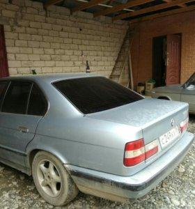 Авто БМВ. 520