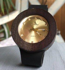 Женские деревянные часы