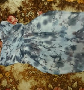 Коктейльное платье новое с биркой 42-44 р-ра