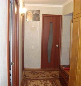 Квартира, 3 комнаты, 608 м²