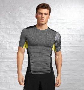 Компрессионая футболка Reebok (S)