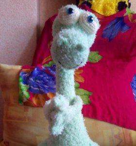 Вязаный динозавр игрушка сувенир