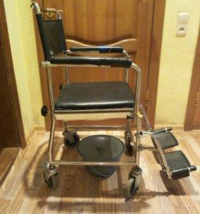 Кресло-коляска санитарная б/у