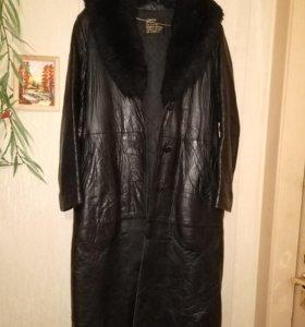 Кожаное пальто 48 размер