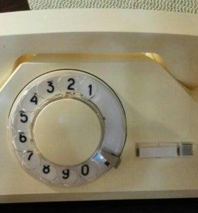 Телефон дисковый°