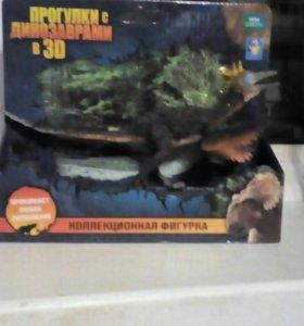 Коллекционная фигурка динозавра