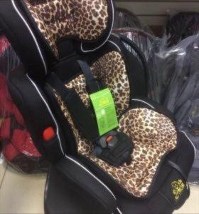 Хищный леопард расцветка . Кресло в авто