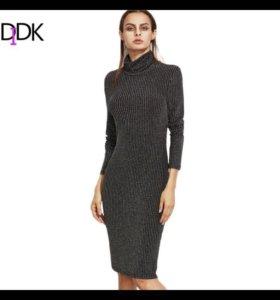 Новое трикотажное платье с люрексом