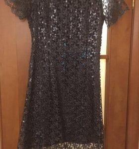 Продам платье размер 46
