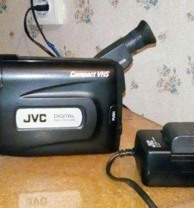 Видеокамера JVC